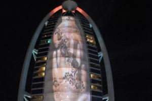 Cabinas Tempest para proyectores de exterior instaladas en el hotel Burj al Arab, Dubái